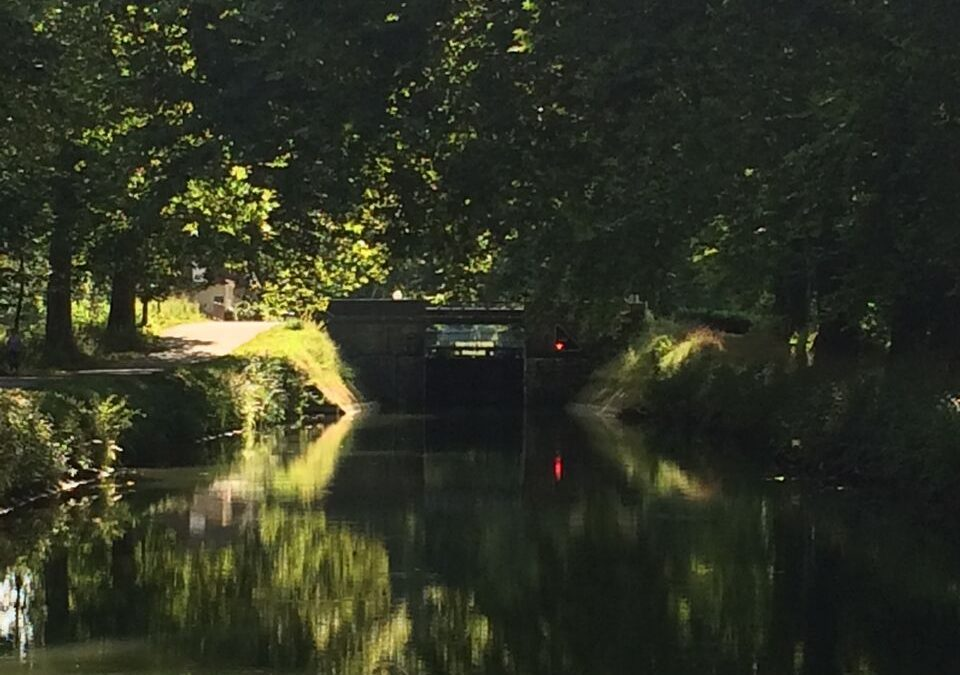 Boating in Burgundy 3