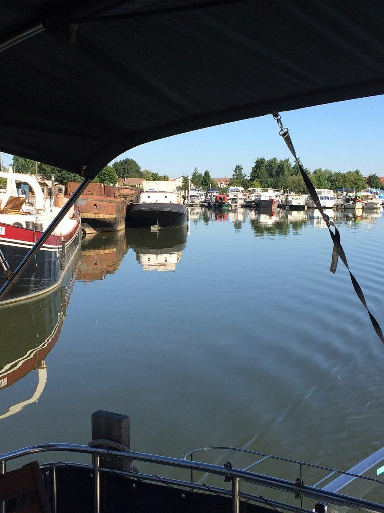H2O marina St-Jean-de-Losne