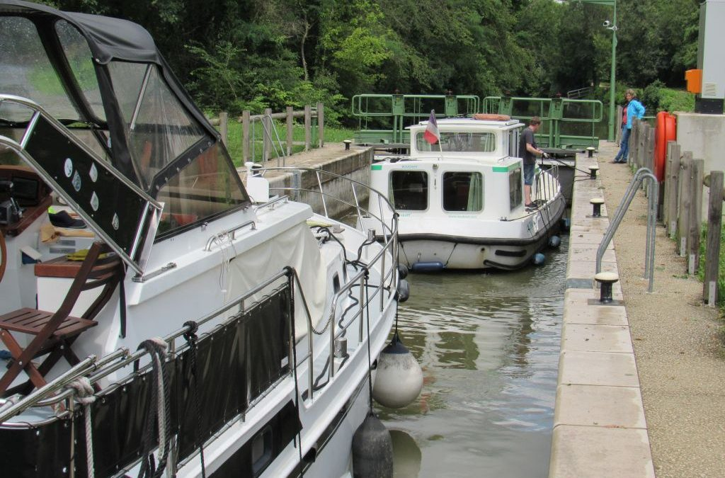 Barging in Burgundy Part 8