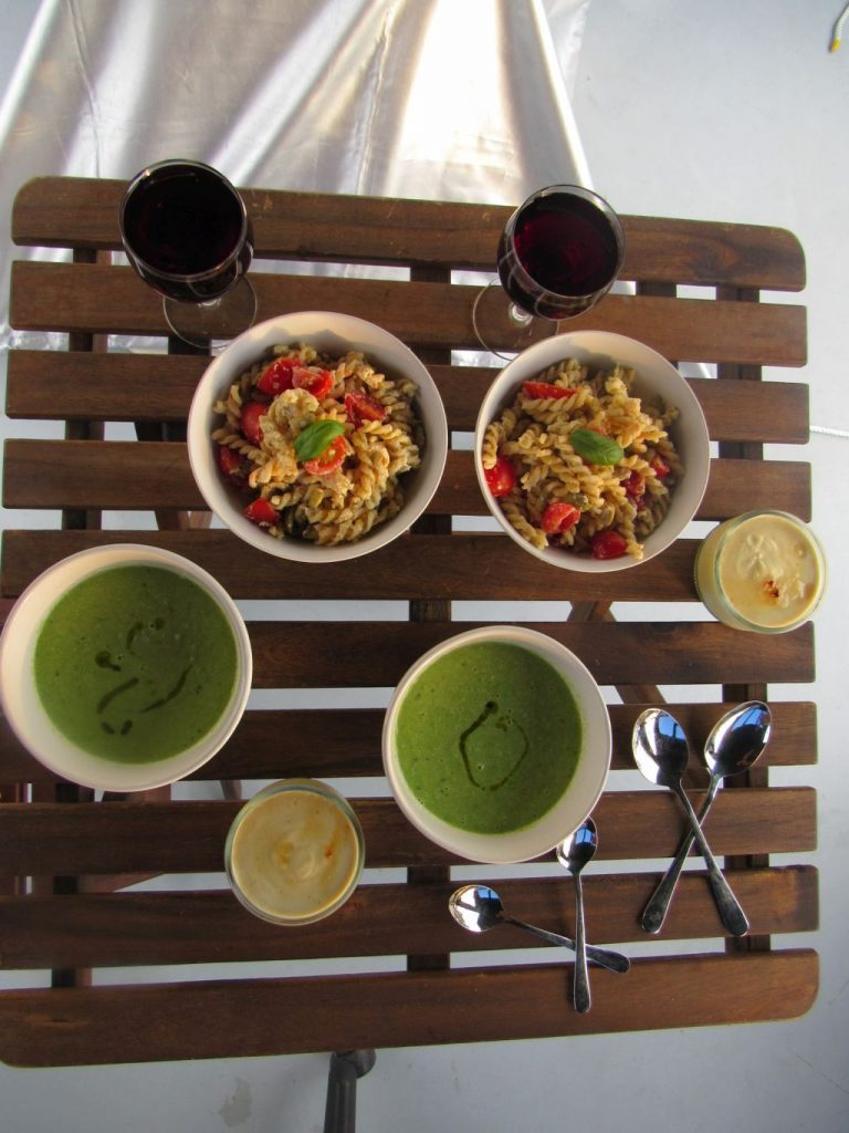 Green pea soup, pasta and creme brulee