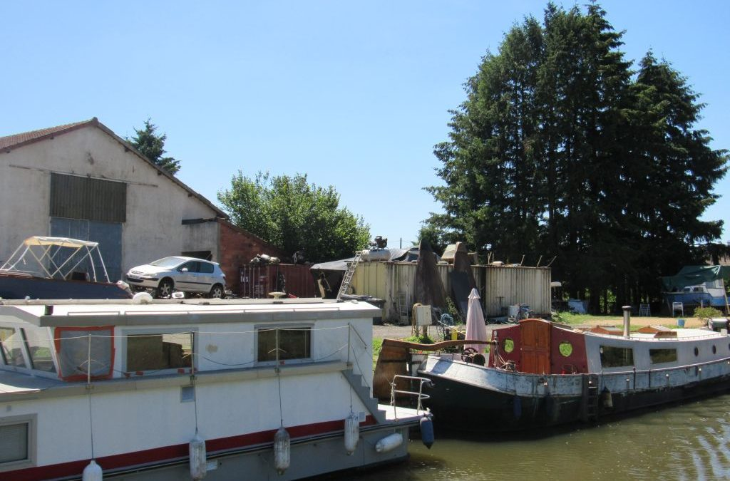 Barging from Loire to Burgundy 15