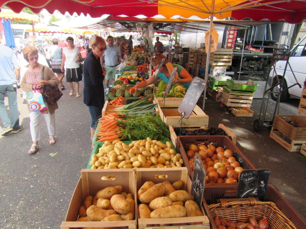 Digoin Market