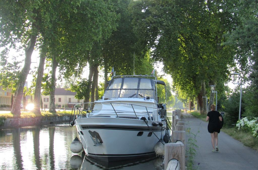 Barging from Loire to Burgundy 17